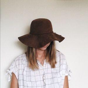 Brown Felt/Seude Floppy Hat